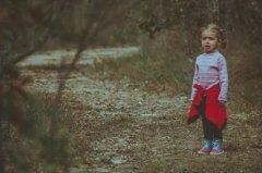 """花语解读   我们应该如何帮助被""""父母""""虐待的孩子?"""