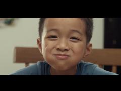 """看完公益短片《弟弟》 我想起了童年被欺负的""""跟屁虫"""""""